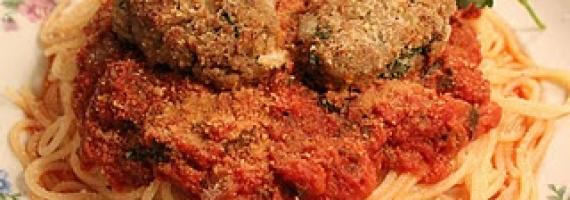 Vegan Love: Spaghetti and Heart-Shaped Meatballs