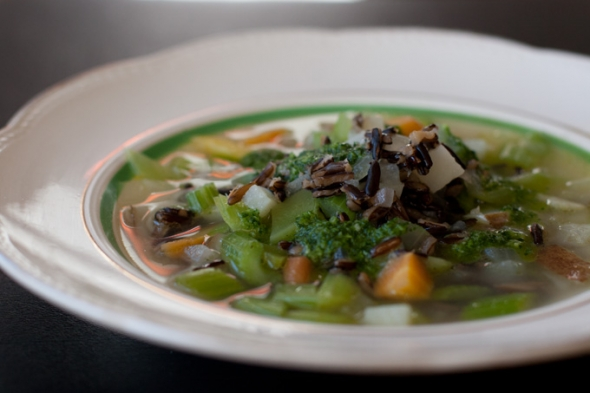 Vegan Winter Perfection – Chunky Celery Soup!