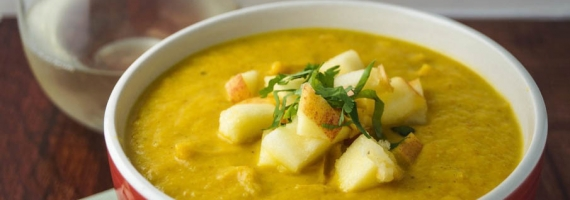 Slow Cooker Curried Cauliflower Soup