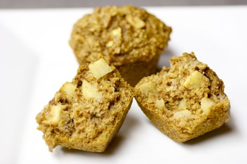 apple-oatmeal-muffins