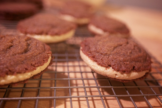 Luscious Molassas Sandwich Cookies (Oh Yes, They're Vegan!)