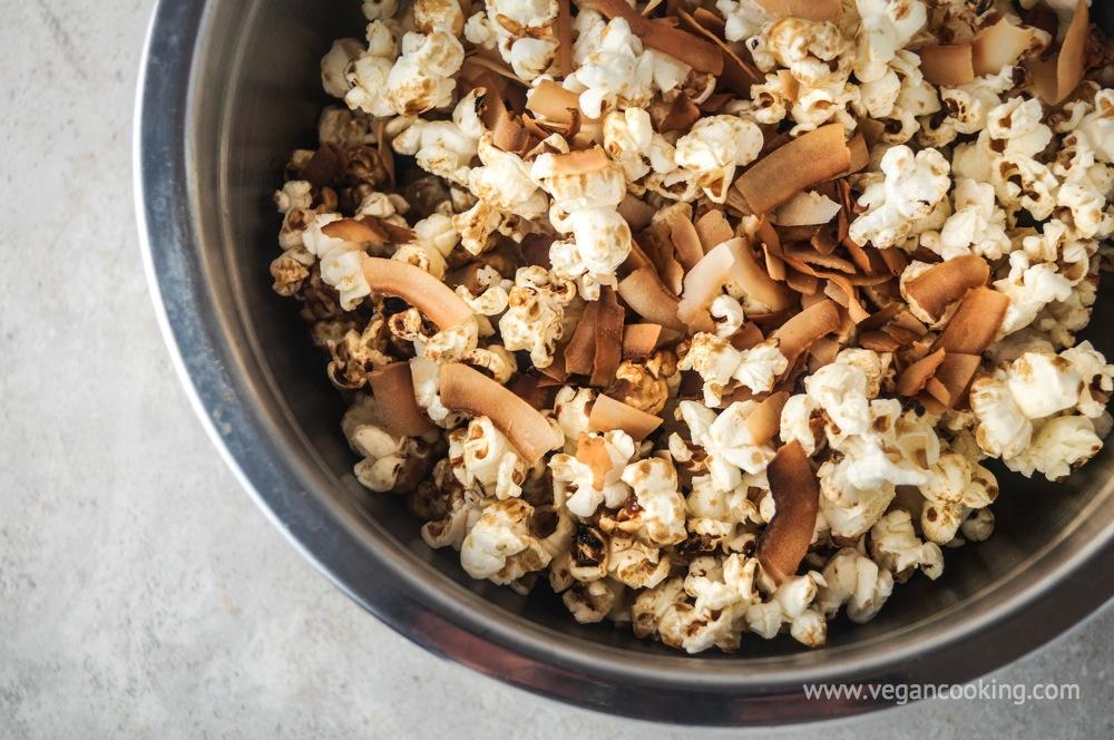 Toasted Brown Sugar Coconut Popcorn